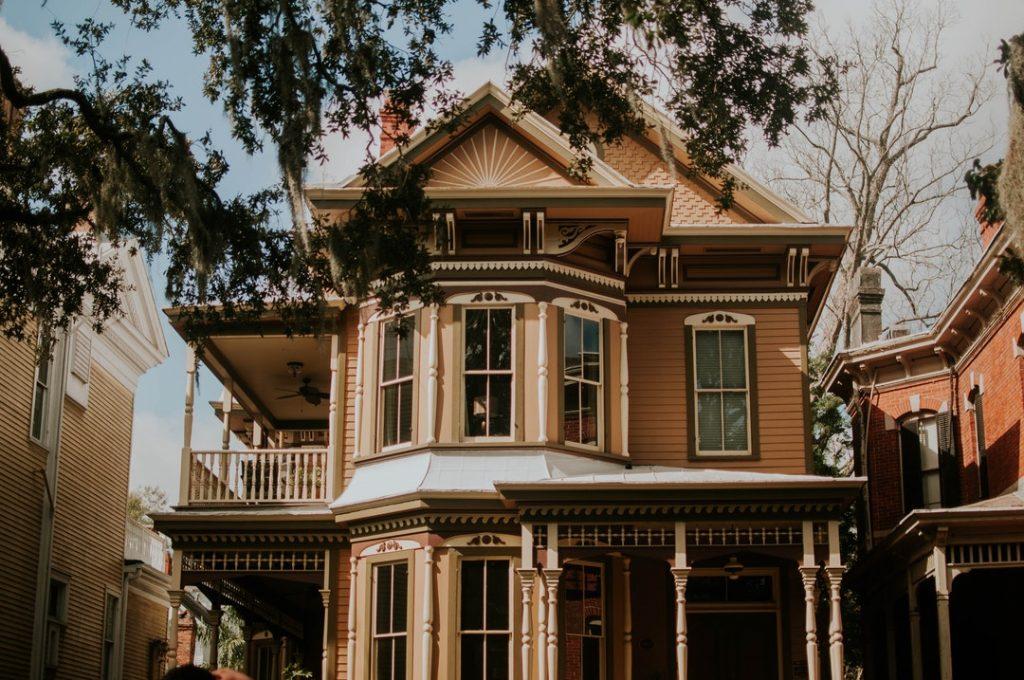 inner city house exterior