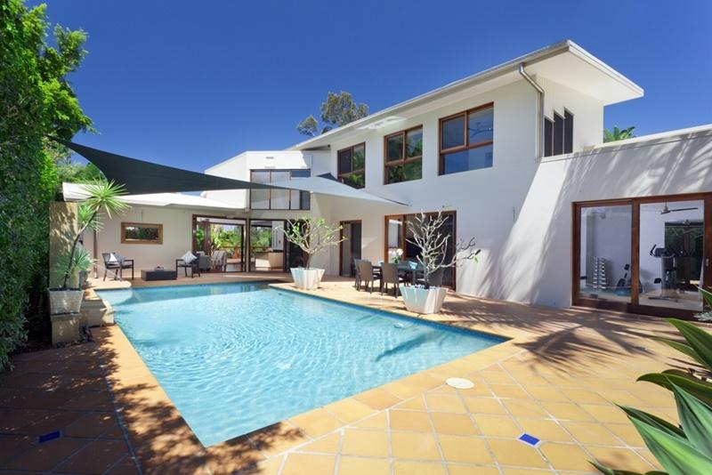 Prestige real estate is always popular across Sydney.